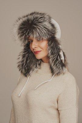 Kožešinová čepice stříbrná liška