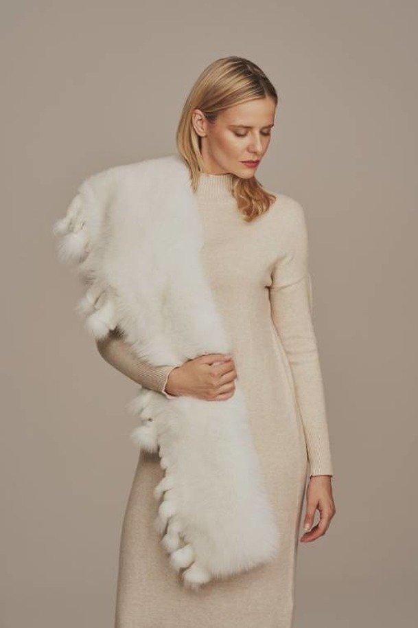 Fox fur shawl collar