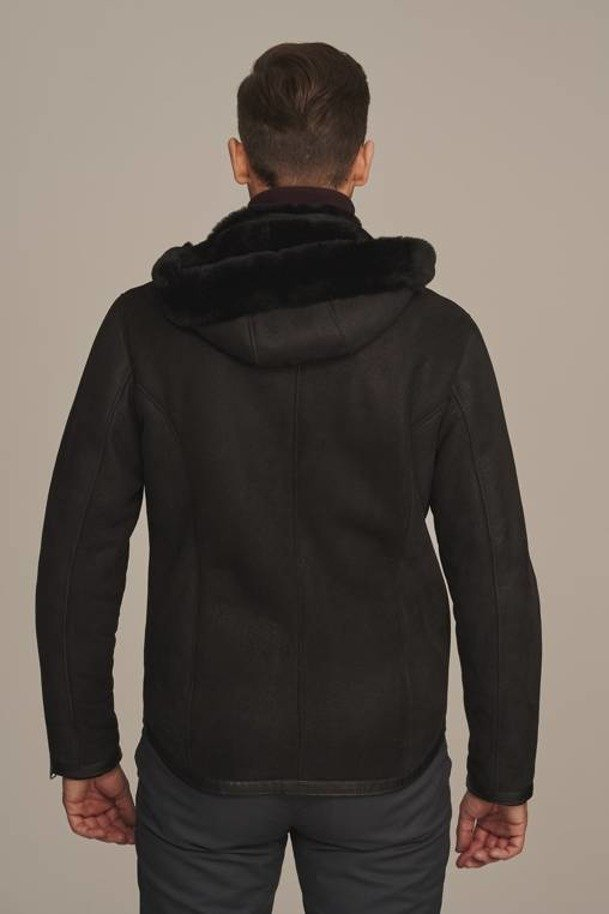 Krótki kożuch męski czarny z kapturem - Kurtka zimowa męska