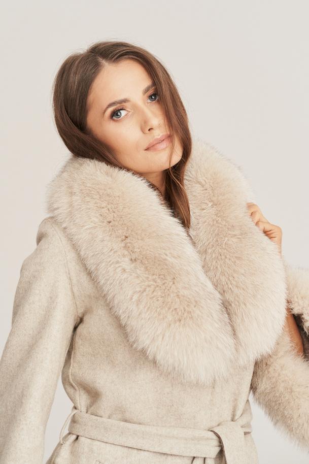 Dámsky kabát z alpaky